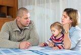 Paaiškino, kodėl lietuviai taip sparčiai skiriasi ir retai tuokiasi