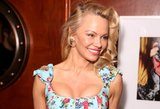 Pamela Anderson atjaunėjo bent dešimtmečiu: moteris tiesiog švyti