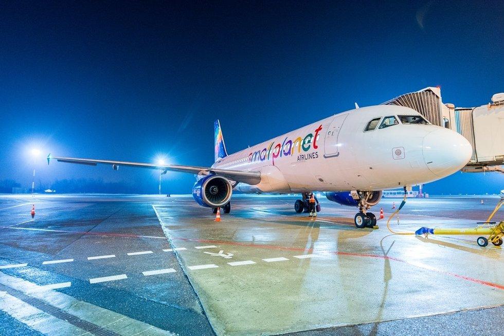 """""""Small Planet Airlines"""" (nuotr. Organizatorių)"""