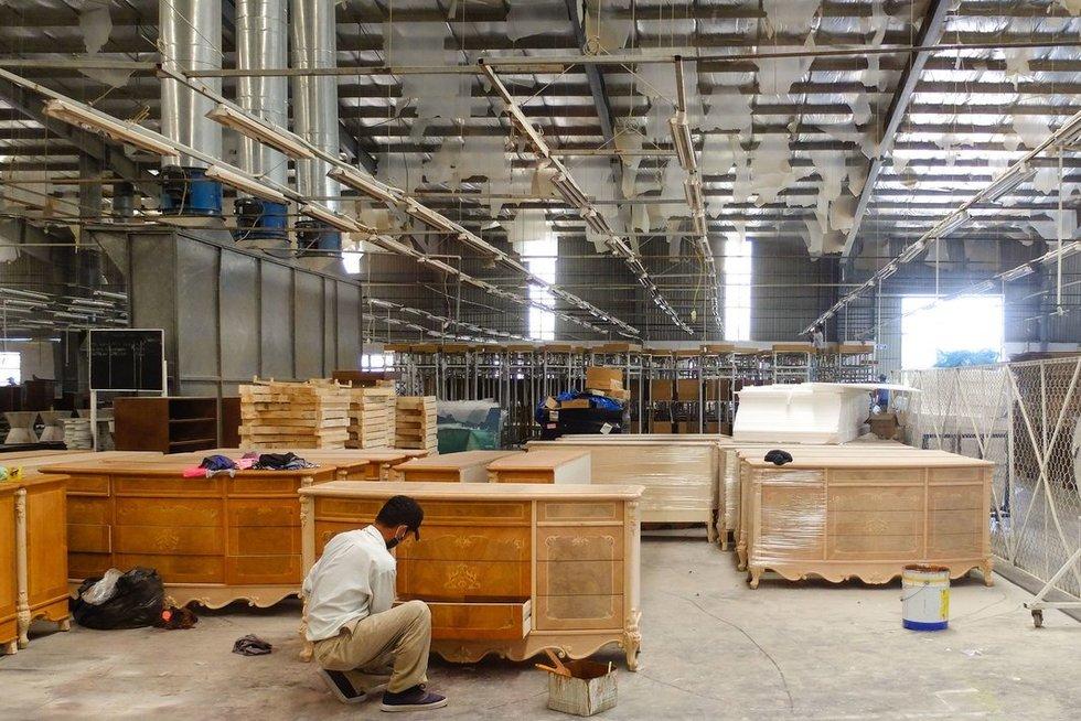 Baldų gamykla (nuotr. 123rf.com)