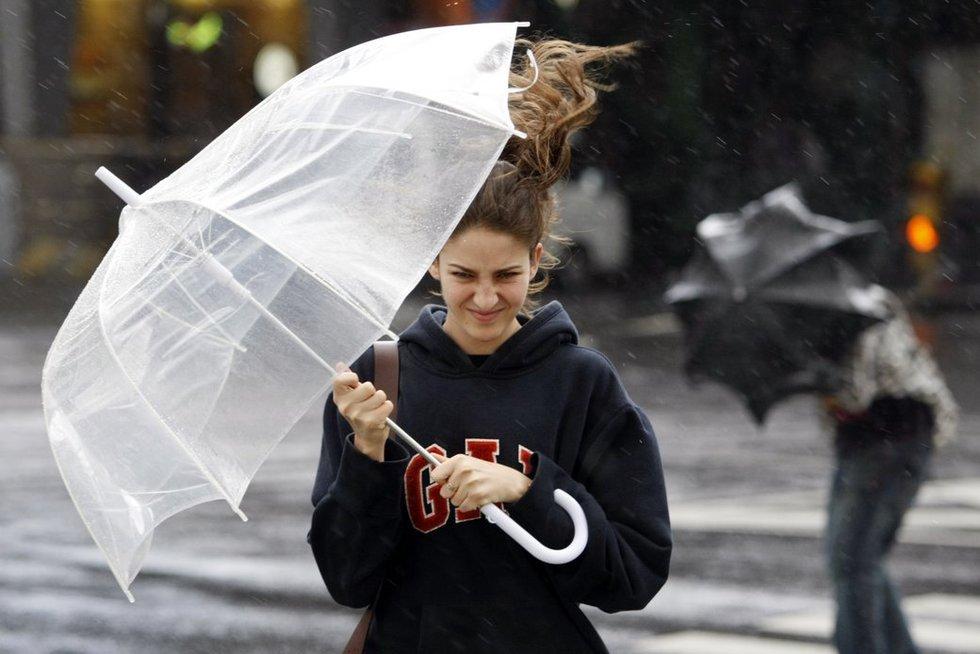 Vėjas ir lietus (nuotr. SCANPIX)