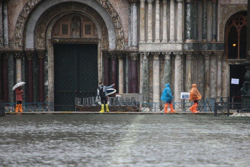 Potvynis Venecijoje (nuotr. Scanpix)