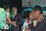 J. Jankevičius ir V. Baumila nustebino aistringu bučiniu: pamatykite publikos reakciją