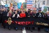 Londone protestuoja tūkstančiai branduolinių ginklų priešininkų