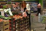 Ar jaučiate skirtumą? Atpigo maisto produktų vidutinis krepšelis