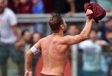 39-rių Francesco Totti per pusvalandį nulėmė komandos pergalę