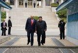 Trumpas tapo pirmuoju JAV prezidentu, įžengusiu į Šiaurės Korėją