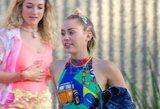 Miley Cyrus tapo kovos su lytiškai plintančiomis ligomis veidu