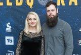 Ketvirtojo kūdikio besilaukianti R. Ščiogolevaitė į renginį atvyko su vyru