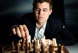Aštuntojoje partijoje dėl pasaulio šachmatų čempiono titulo norvegas ir indas pasidalijo po pustaškį