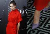 Raudonojo kilimo vinis – įkandimus ant kojų V. Beckham slėpė kremine pudra