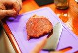 Mėsos gabalo nuotrauka tapo interneto hitu dėl neįtikėtinos priežasties