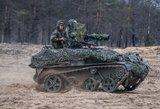 """Pratybas """"Medžiotojas"""" stebėjo krašto apsaugos ministras R. Karoblis ir kariuomenės vadas"""
