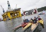 """Amerikiečių """"žalieji"""" Sietle išradingai protestuoja prieš naftos gavybą Arktyje"""