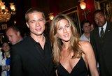 Bradas Pittas žvalgosi atgal? Nutekintos pokalbio su buvusia žmona detalės