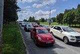 """Taršių automobilių mokestis – Šapoka kalba apie """"sumuštinio"""" principą"""