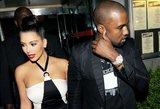 Štai jų kūdikis! K. Kardashian ir K. Westas parodė pasauliui naujas dukros nuotraukas