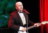Ar atpažinsite, kokiu legendiniu šalies dainininku tapo Andrius Žiurauskas?