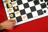 """""""Nesustabdomas"""" paauglys tapo šachmatų čempionu"""