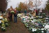 Gėlės ir vainikai prieš Vėlines: atvirai papasakoja apie kainas