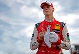 """Mickas Schumacheris netrukus išbandys """"Ferrari"""" bolidą"""