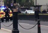 Londone automobilis rėžėsi į pėsčiuosius – įtariamas išpuolis