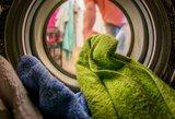Į skalbimo miltelius įberkite sodos: nepatikėsite rezultatu