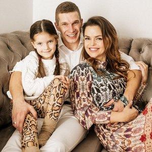 Antrojo vaikelio besilaukianti Trusovė atskleidė lytį: laimės pilni namai