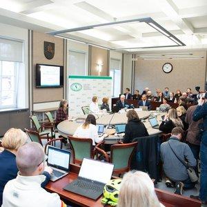 Įvertino Lietuvos moksleivius: vidutiniokai, bet yra vilties