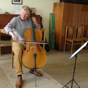 Muzikos mokytojas griauna mitus: išmokyti groti galima net negirdintį