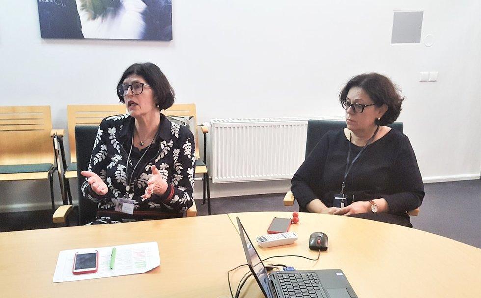Profesorės Augustina Jankauskienė (kairėje) ir Rimantė Čerkauskienė. Linos Jakubauskienės nuotr.