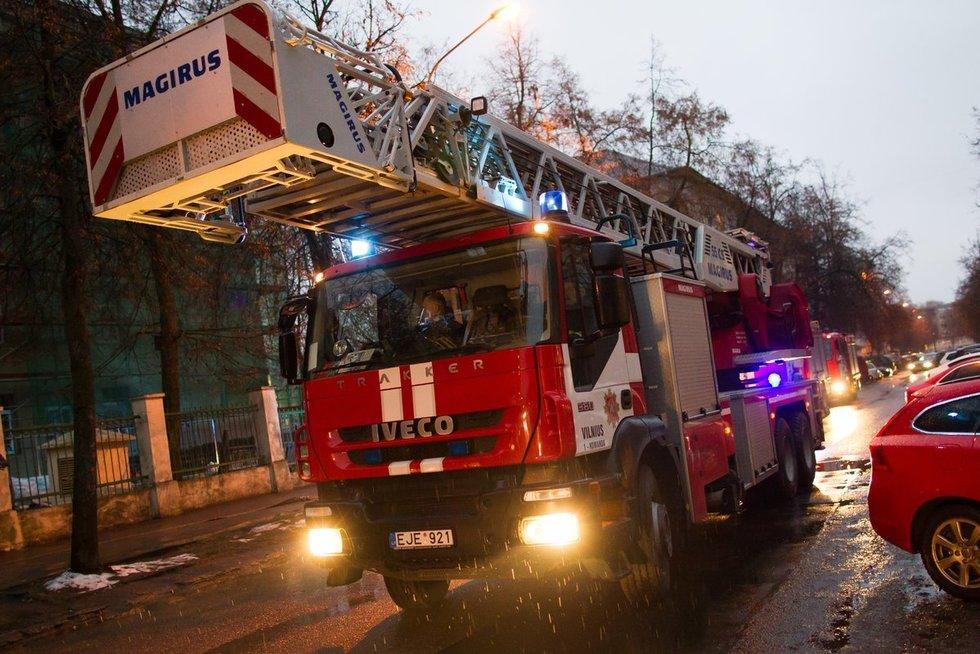 Ugniagesiai (asociatyvi nuotr.) Karolis Kavolėlis/Fotobankas nuotr.