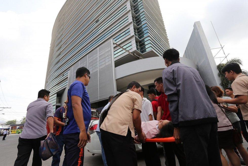 Pietų Filipinus supurtė galingas žemės drebėjimas (nuotr. SCANPIX)