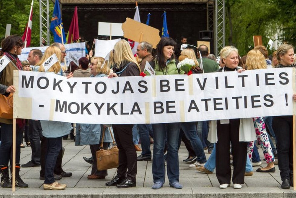 Mokytojų mitingas Vilniuje (nuotr. Tv3.lt/Ruslano Kondratjevo)