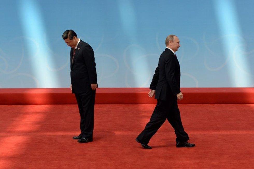 Rusija pradeda, Kinija laimi (nuotr. SCANPIX)