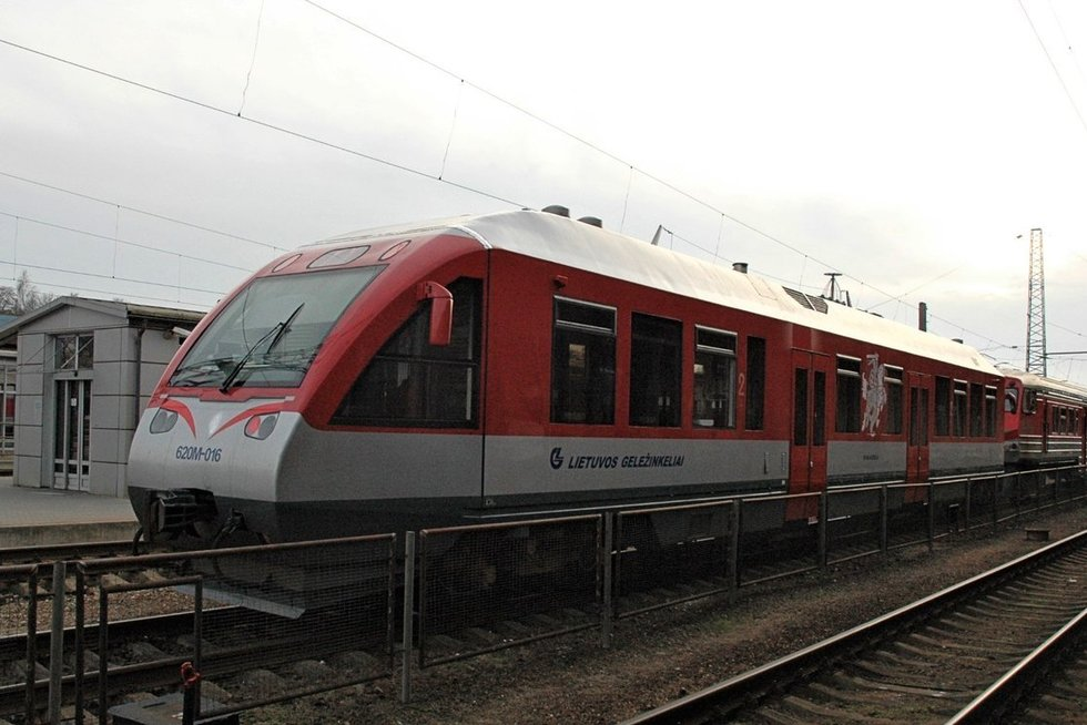 Lietuvoje važinėjantys keleiviniai traukiniai – seni, žadama įsigyti naujų. Linos Jakubauskienės nuotr.