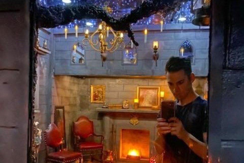 Vaikinas pavertė savo namus į Hogvartsą (B. Thompsono nuotr.) (nuotr. facebook.com)