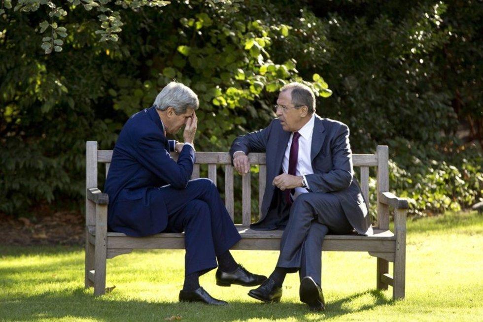JAV diplomatijos vadovas Kerry lošia rusišką ruletę, švelnindamas toną santykiuose su Maskva (nuotr. SCANPIX)