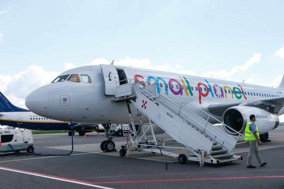 Small Planet Airlines (nuotr. Tv3.lt/Ruslano Kondratjevo)