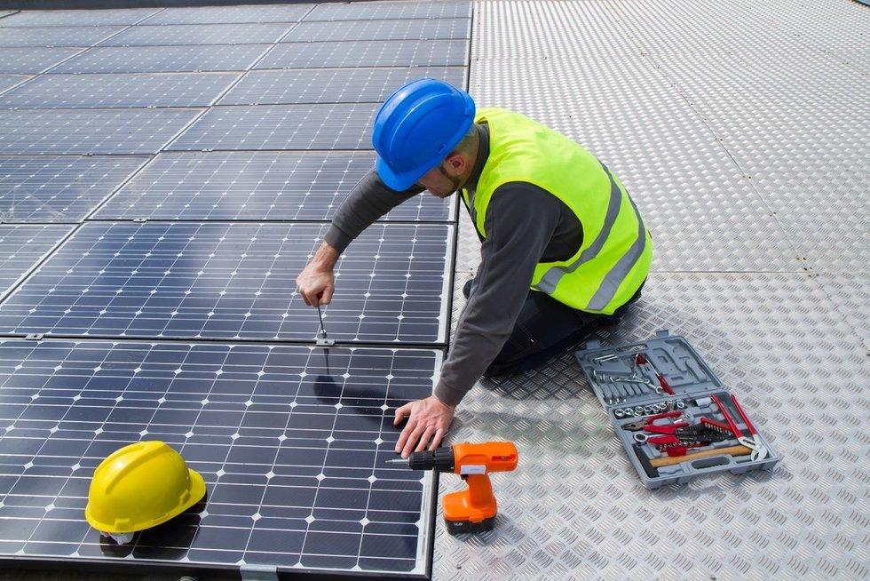 Saulės energetika (nuotr. 123rf.com)