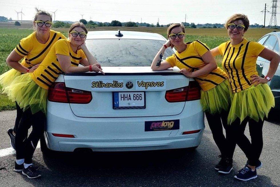 """""""108 km Moterų iššūkio"""" komanda: Sėlinančios vapsvos (nuotr. Organizatorių)"""