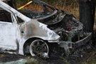 Padegtas automobilis (nuotr. Broniaus Jablonsko)