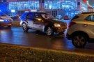 Išvažiavime iš Žemynos gatvės susidūrė du automobiliai (nuotr. Broniaus Jablonsko)