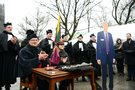 dėstytojų protestas Diplomas už Ačių (nuotr. Fotodiena/Justino Auškelio)