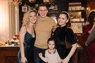 Liucina Rimgailė ir Indrė Trusovė su šeima