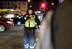 """Policijos atstovas apie įspėjančius dėl """"trikojų"""": remiate tuos, kurie kelia karą keliuose ir žudo žmones"""