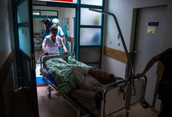 Skrandžio gripas guldo lietuvius: suserga vienas, klumpa visi
