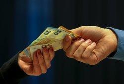 Žmonos už pinigus norėjęs Nigerijos pilietis iš Lietuvos reikalauja 45 tūkst. eurų