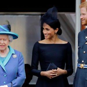 Karališkoji drama pasiekė kulminaciją: princas Harry ir Markle lieka be titulų
