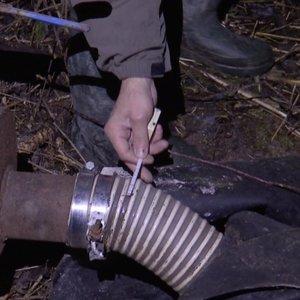 Išskirtiniai TV3 kadrai: naktį rastas slaptas vamzdis iš gamyklos Kėdainiuose